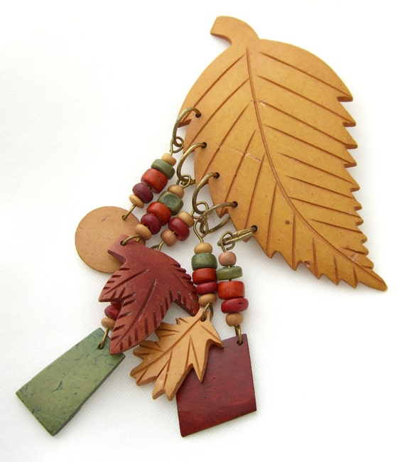 New 1940s Costume Jewelry: Necklaces, Earrings, Pins  Miriam Haskell Style Dangling Autumn Leaves 1940s Pin $55.00 AT vintagedancer.com