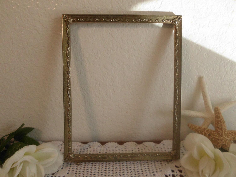 vintage ornate 8 x 10 gold metal frame french paris chic. Black Bedroom Furniture Sets. Home Design Ideas