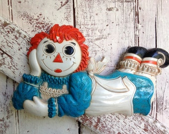 Vintage Raggedy Ann wall hanging by Bobbs Merrell 1977
