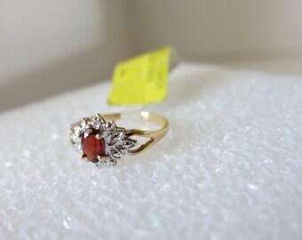 Ring,Garnet,10K Gold,Size 7, NOW ON SALE