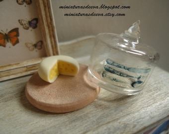 Vintage cheesedish for kitchen at 1/12th scale. Dollhouse