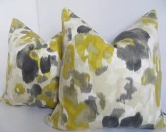 Decoratieve Pillow- Yellow -20x20 Gray Pillow- Cream- Beige- Pillow- Home Pillow- Designer Pillow- Home Decor- Art deco- Dwell Studio