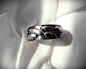 Mens Rustic Wedding Ring, Mens Silver Wedding Band, High Contrast, Splatter Texture Fine Silver