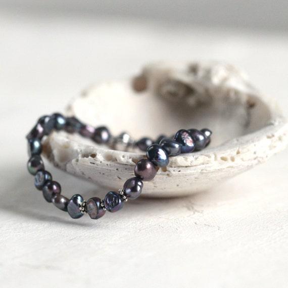 Gray Pearl Bracelet - Pearl Wedding Jewelry