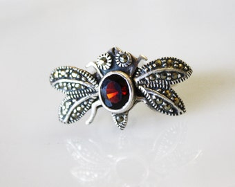 Vintage Bee Ring with Movable Wings / Red Stone with Marcasite and Sterling Silver / Size 4 1/2