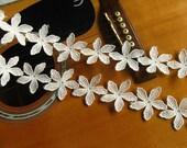 off White venise lace, daisy flower lace trim