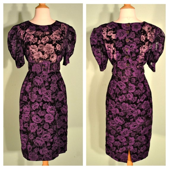 Vintage Floral Dress 80s Does 50s Graphic Print in Purple and Black with Matching Belt