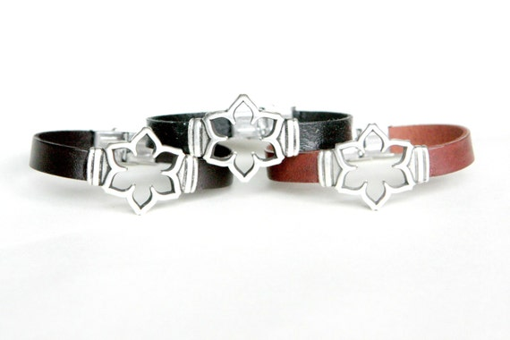 Flower zamak Bracelet ,Bracelet leather with flower connector, Choices of colors