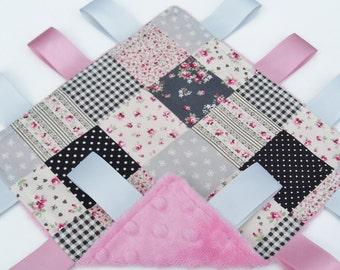 Taggie Minky blanket toddler comforter Grey patchwork -