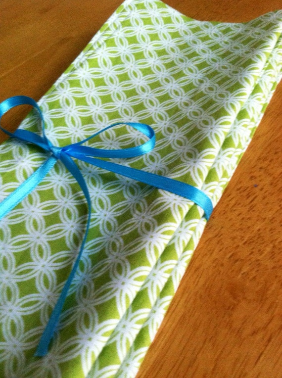 Napkins Eco friendly Reversible Lime green circles set of 4