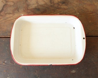 Rustic Red Rim Enamel Baking Dish Vintage Farmhouse Tray Kitchen Cookware Display Decor
