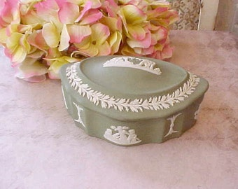Lovely Vintage Wedgwood Trinket Box with Classical Cherub Design on Soft Green