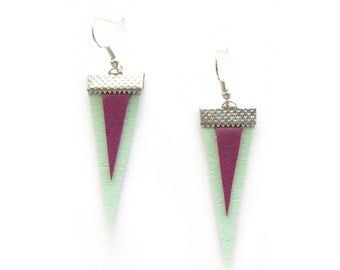 GEOMERTIC TRIANGLE EARRINGS in mint and violet