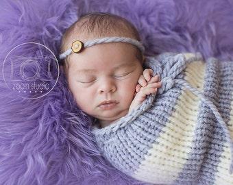 newborn knit pod, photo props