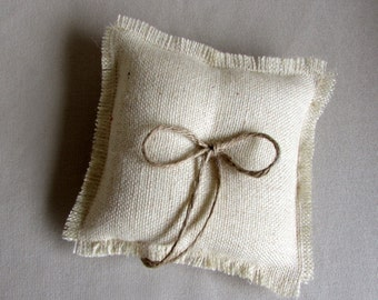"""parchment burlap 7"""" ring pillow with bow and knot"""