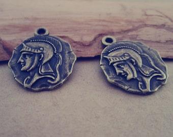 20pcs  Antique Bronze Double sided head pendant Charms 20mm