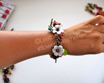 Alexia's flower all around braided bracelet