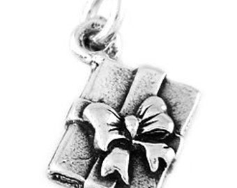 Sterling Silver Present Gift Box with Bow Charm (3d Charm)