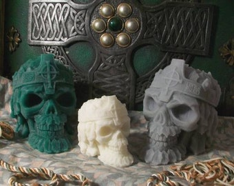 Celtic Skull Small Beeswax Candle Celitc King