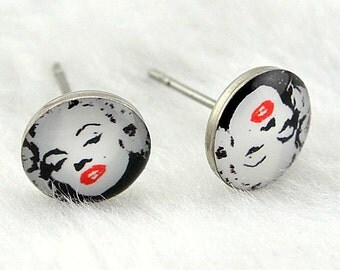 Marilyn Monroe stud earrings