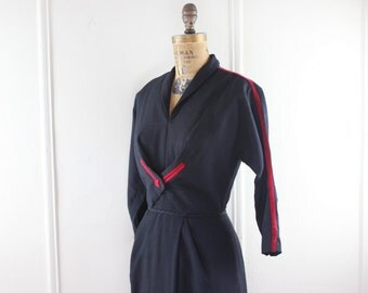 vintage 1940s Black and Red Bombshell Dress - size small