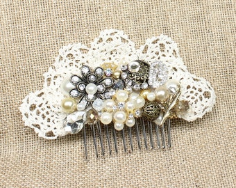 Antique gold and ivory hair comb- Gold Bridal Comb-Gold and Ivory Bridal Hair Comb- Lace Hairpiece- Rhinestone and Lace Bridal Hairpiece