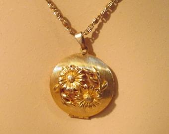 Vintage Floral Perfume Locket Necklace