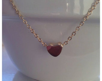 Tiny gold heart necklace - gold necklace - little dainty jewlery - little heart necklace
