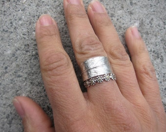 Willow Leaf Ring - band cast from real leaf