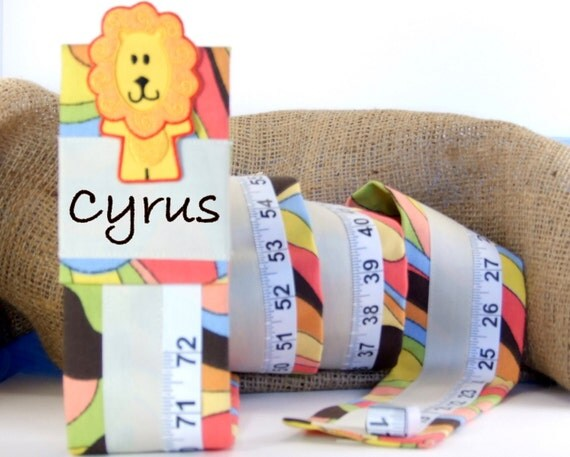 KID'S GROWTH CHART- Personalized Room Decor -  Keepsake Gift - Name Personalized
