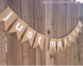 Just Married Fabric and Burlap Bunting / Wedding Decoration / New Couple / Wedding Photo Prop