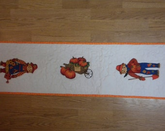 Table Runner scarecrow
