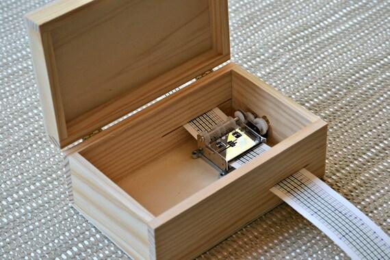 Fai da te di music box scatola di legno con armadietto for Box per cavalli fai da te