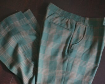 vintage men's slacks size 32W green and brown plaid