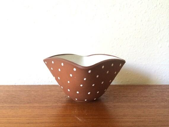 Vintage Graveren Norsk Terra Cotta Bowl