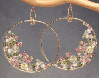 Hammered hoop earrings pink tourmaline, pink ruby, vessonite, prehnite, peridot Sahara 98