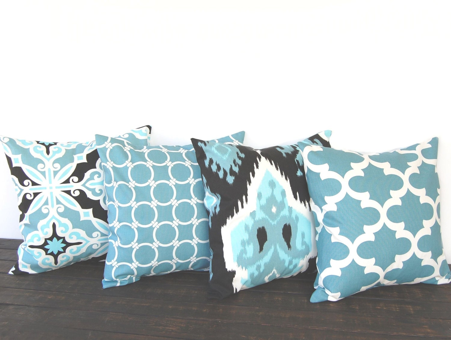 Throw Pillow Covers 20 X 20 : Throw pillow covers 20 x 20 Set Of Four blue by ThePillowPeople