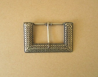 Solid nickel belt buckle  - silver in colour fits 2 inch belt