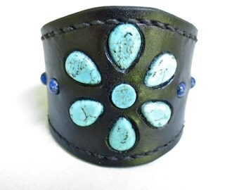 Black leather cuff / wristband inlaid with howlite stone beads dyed turquoise and lapis stone beads..