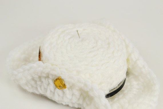Crochet Pincushion - Cowboy Hat in Winter White Yarn with a Horse Charm and Feathers - Western Themed Sewing Supplies