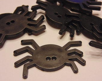 4 large flat spider buttons, 40 x 25 mm (5)