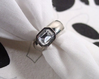 Silver tone ring thick wide octagon rhinestone vintage
