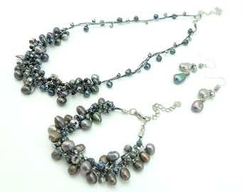 Bridesmaid Jewelry set Black freshwater pearl,crystal,beads on silk necklace,bracelet,earring