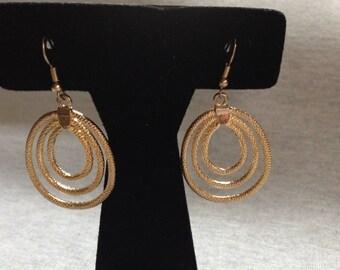 Vintage Costume Goldtone Round Design Dangle Earrings