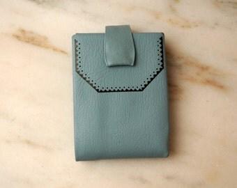 Mid Century Princess Gardner Wallet Light Blue