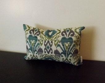 Decorative Throw Pillow, Ikat Lumbar Cover, Purple and Cream Pillow Cover,Toss Pillow, Accent Pillow, 12x16,12x18, Lumbar Pillow