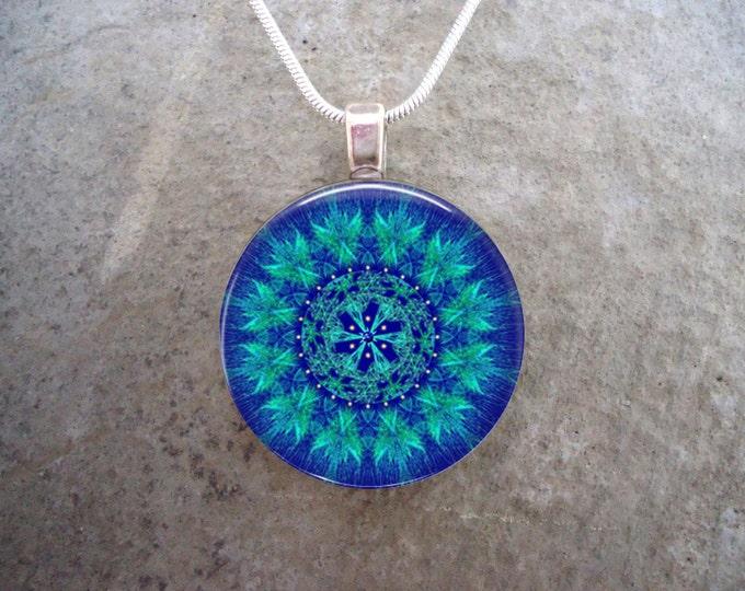 Mandala jewelry - Glass Pendant Necklace - Mandala 42