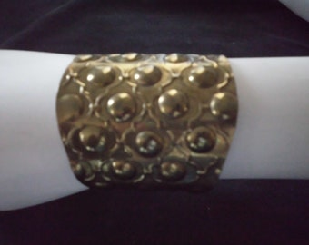 80s GYPSY CUFF BRACELET hammered brass adjustable Boho vintage handmade