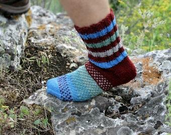 Mens Wool Socks. Merino Wool Bulky Yarn Socks. 100% Soft Wool Yarn Socks. Size M - L