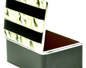 Wonderful Art Deco Marbled Black and White Cigarette Box Container Holder